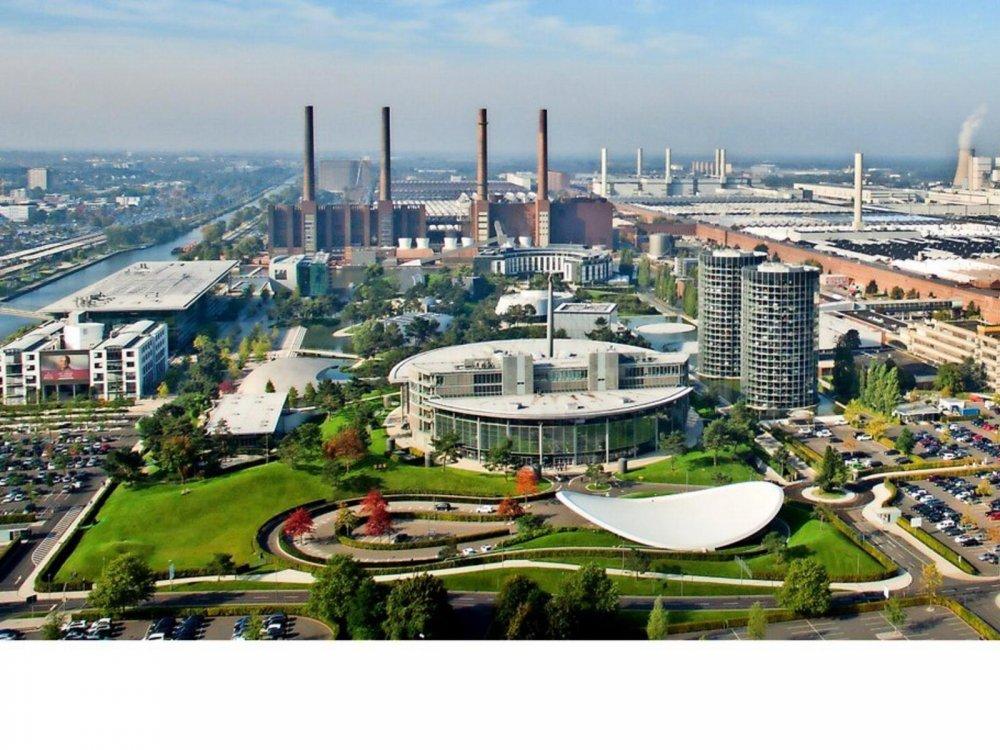 Autostadt-oeffnet-ab-Montag-wieder-fuer-Besucher_reference_4_3.thumb.jpg.991d171e01eacd589a49bafed4d35d4f.jpg